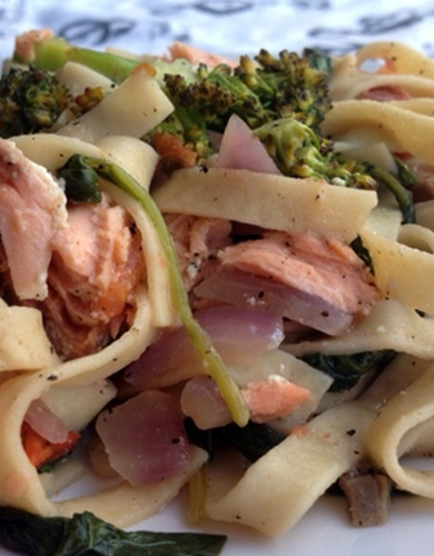 Salmon Spinach Pasta With Sweet Barrel White Wine Sauce